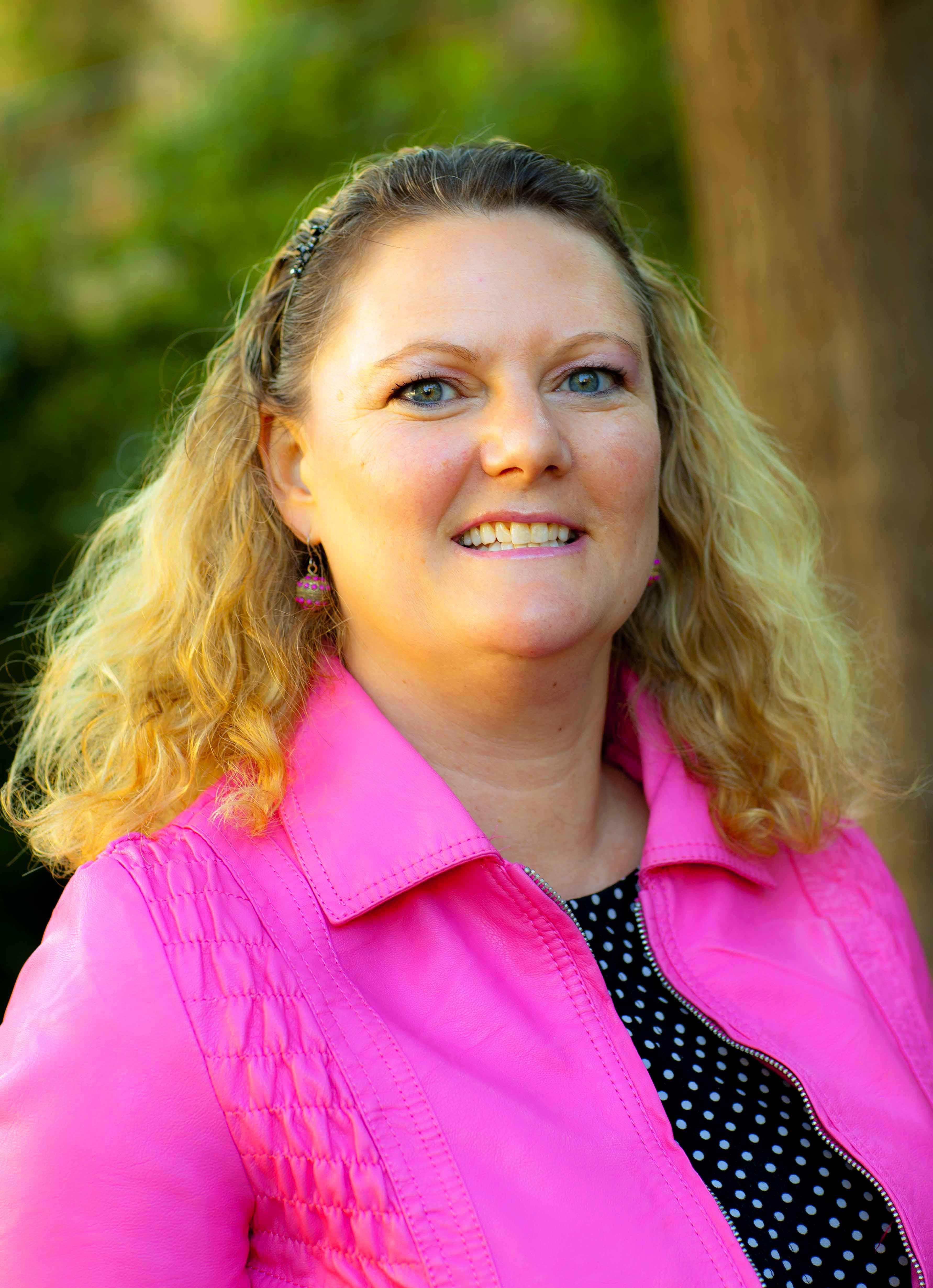 Colorado Springs College >> Amy Hamilton : TEDxStuttgart